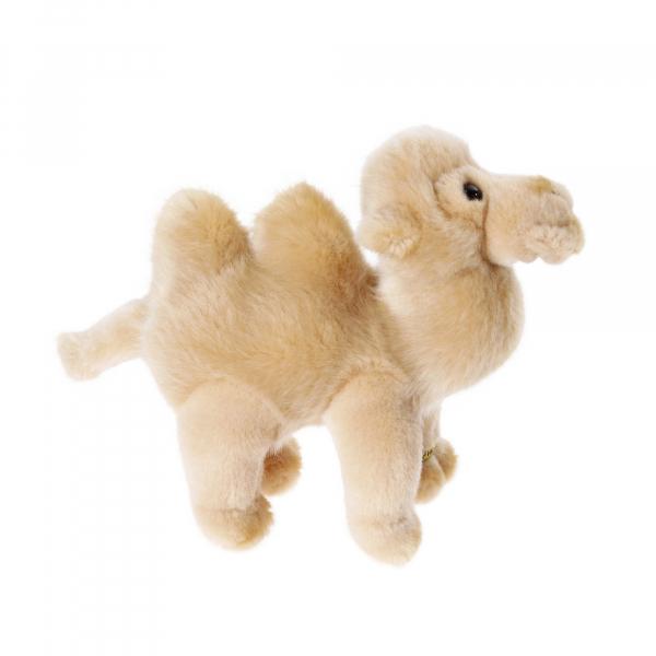 Camel 17cm, standing