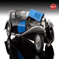 1:18 Bugatti Royale, blau/schwarz