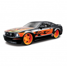 1:24 Ford Mustang GT ´06